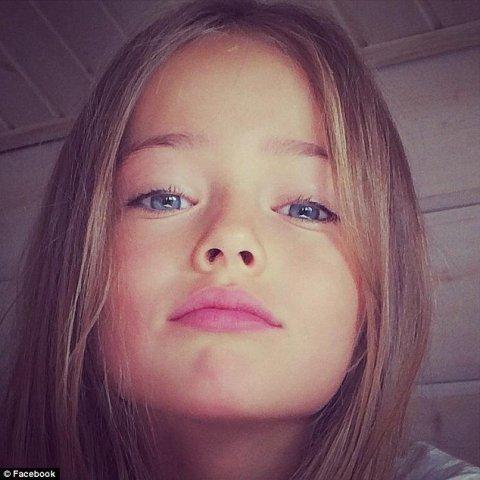 Foto Cea Mai Frumoasă Fetiţă Din Lume De 9 Ani Admirată Pentru