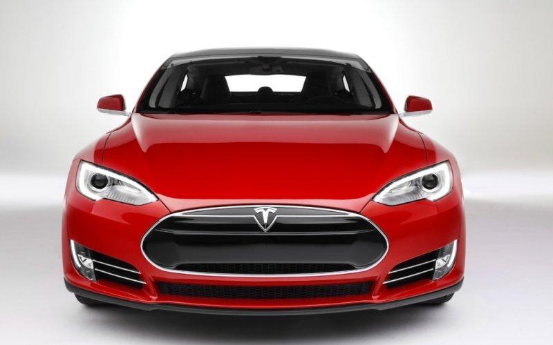Porsche Provoacă Tesla Cu Un Automobil Electric - Automobil tesla