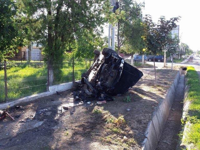 masina complet distrusa miroslava (2)