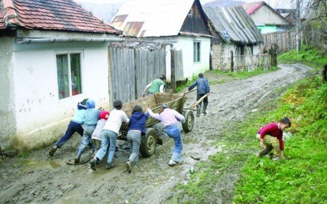 DEZASTRU! Sunt școli din județul Iași în care un singur elev a luat peste 5 la Evaluare
