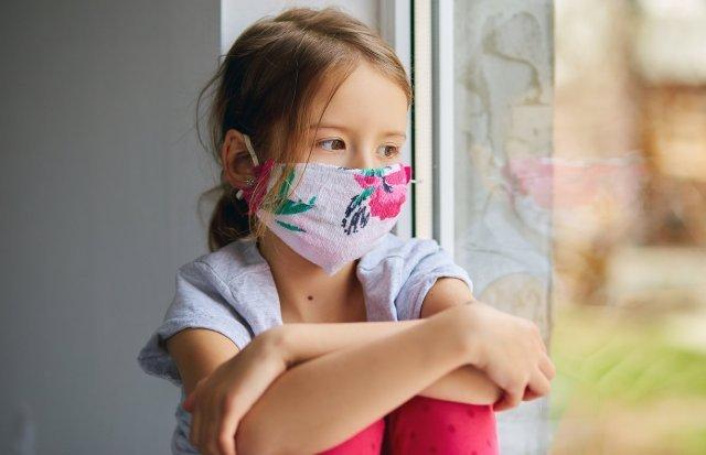 Atenţie: virusul se îndreaptă tot mai mult înspre tineri şi copii!