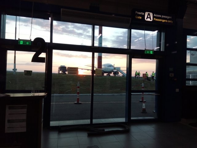 blue air aeroport iasi (1)