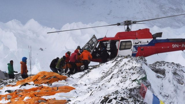 everest, helicopter