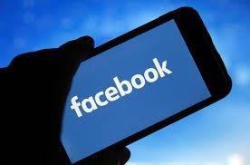 Facebook afişează mai puţină politică