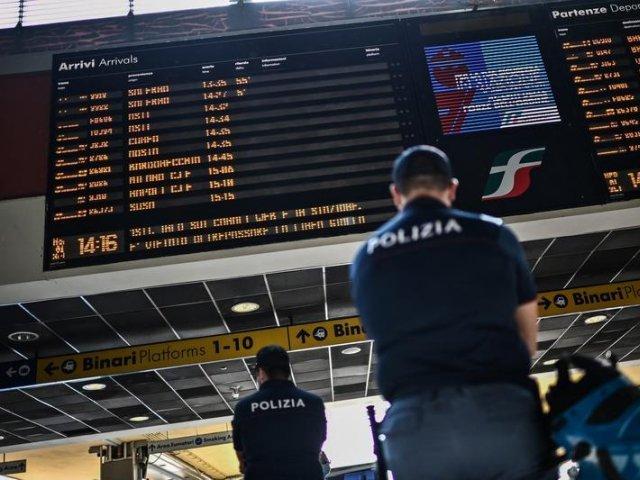 Certificatul sanitar, obligatoriu în Italia și pentru călătoriile cu trenul, avionul, feribotul