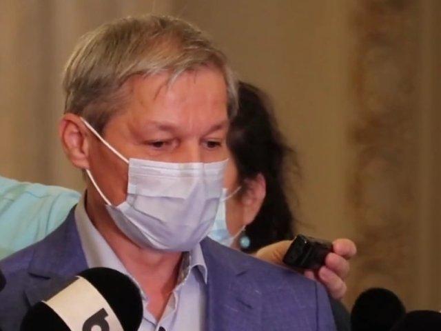 Cioloș: Rămâne ca PNL să plătească preţul politic pentru ceea ce face premierul
