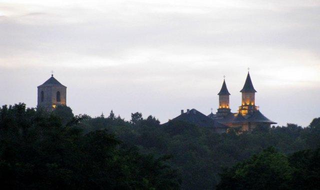 Începe restaurarea ansamblului Mănăstirii Galata