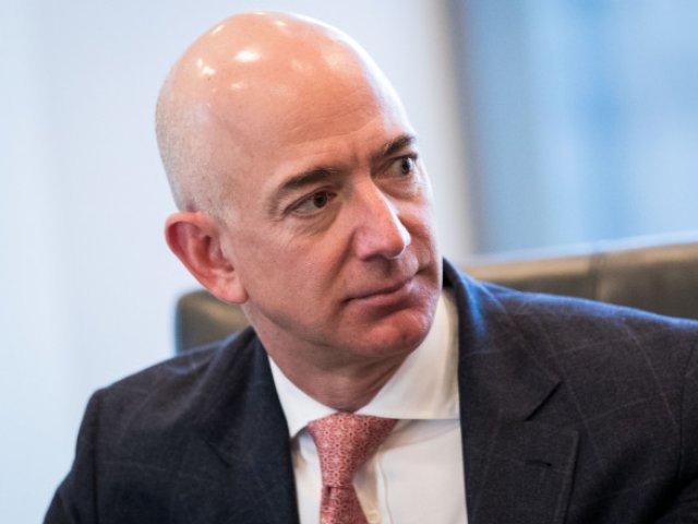 Miliardarul Jeff Bezos vizează o investiţie într-un startup anti-îmbătrânire