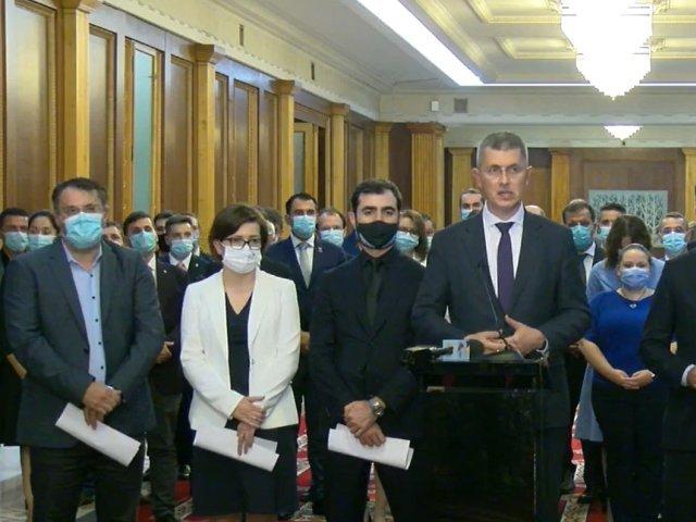 LIVE - Dan Barna a anunţat oficial că miniştrii USR PLUS îşi depun mâine demisiile