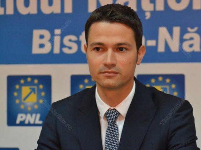 Ce spune Robert Sighiartău, secretarul general al PNL, despre demisiile miniştrilor USR PLUS