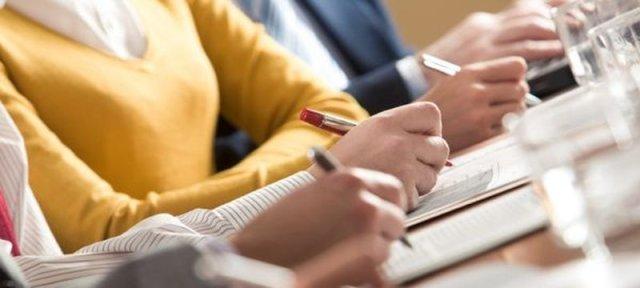 Examenul de grad a fost promovat de 73% din asistenţii medicali înscrişi