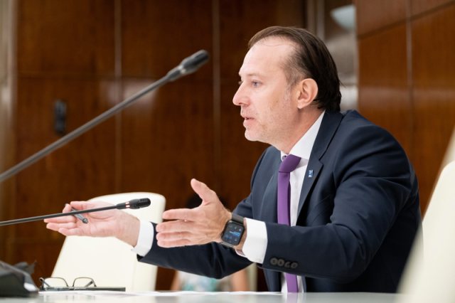 Cîțu a trimis demisiile ministrilor USR-PLUS la Cotroceni