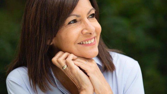 Primarul Parisului, Anne Hidalgo, va candida la alegerile prezidențiale împotriva lui Macron