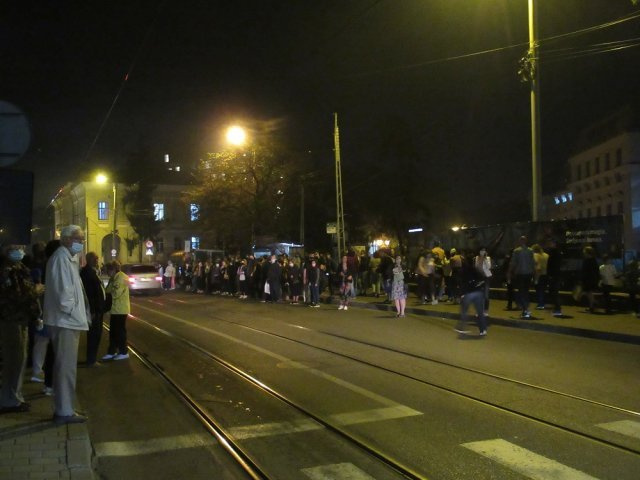 FOTO: Stațiile de la Operă, arhipline. Dovada că transportul public trebuie dezvoltat
