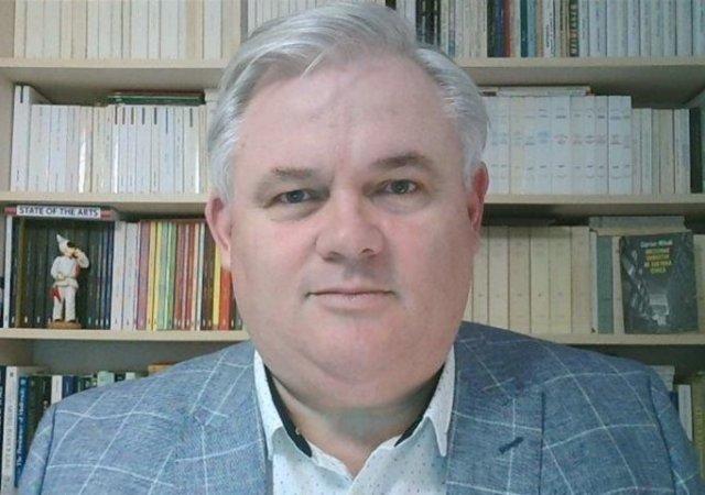 Profesor, critică din interior la adresa USR: Să renunțăm la virtutea mesianică a partidului