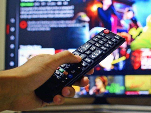 Un nou gigant care va furniza filme și seriale de ultimă oră vine în România