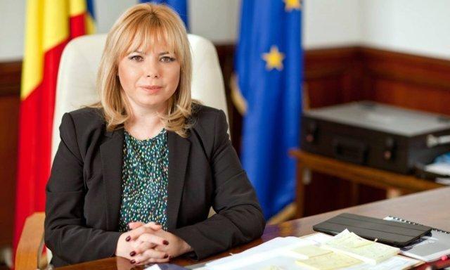 Anca Dragu: Preşedinţii Camerelor pot convoca plenul. Încercăm să ne asigurăm că moţiunea de cenzură îşi urmează parcursul constituţional