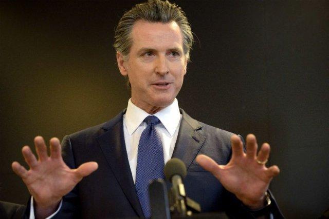 Californienii resping prin referendum revocarea guvernatorului democrat Gavin Newsom