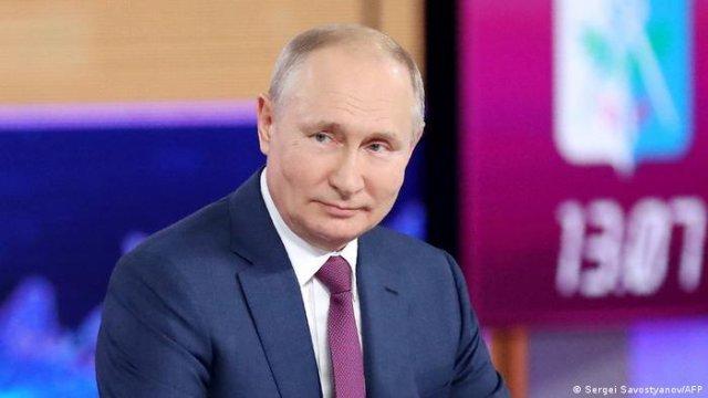Vladimir Putin califică drept cel puţin pripită retragerea trupelor occidentale din Afganistan