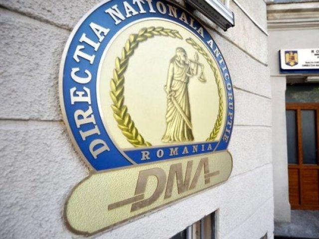 DNA cercetează modul cum au fost achiziţionate dozele de vaccinuri anti-COVID19