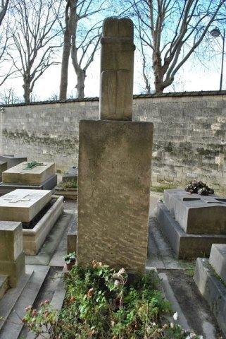 """Sculptura """"Sărutul"""" realizată de Brâncuşi nu va părăsi Cimitirul Montparnasse"""