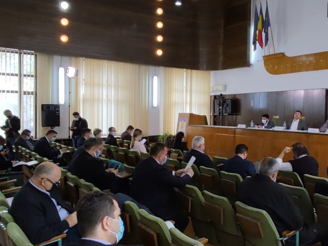 LIVE Şedinţa CJ de azi începe de la zeci de mii de lei şi se încheie cu zeci de milioane de euro
