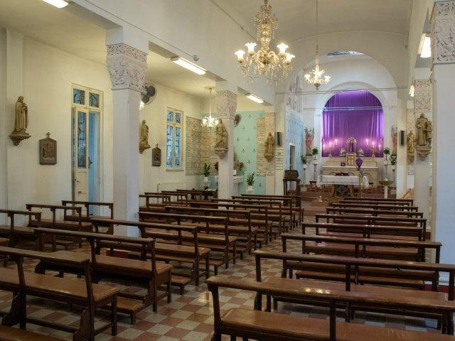 Mai mult de 50% dintre francezi nu mai cred în Dumnezeu