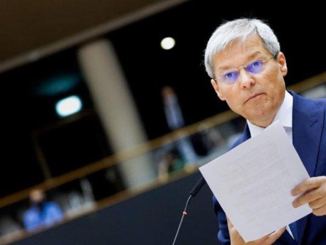 Ce spune Cioloş după ce a câştigat turul I al alegerilor interne USR PLUS