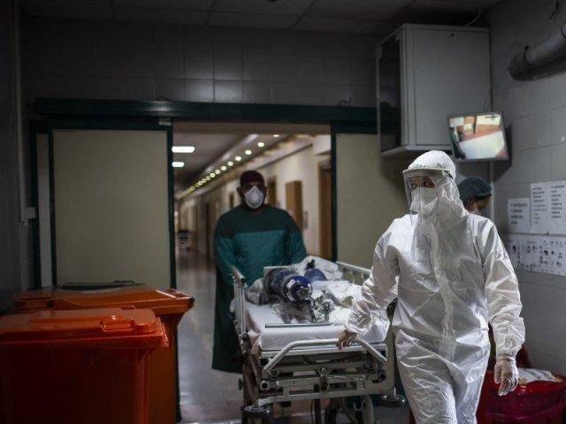 Raport INSP: 91,5% din decesele înregistrate din cauza COVID în ultima săptămână au fost la persoane nevaccinate