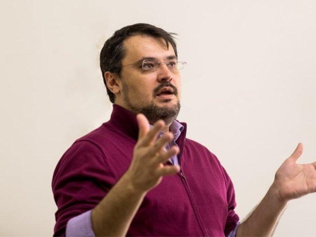 """NEWSWEEK: PNRR alocă 29 de milioane de euro pentru """"comunicare"""". Ghinea se pregătea să fie personajul central"""