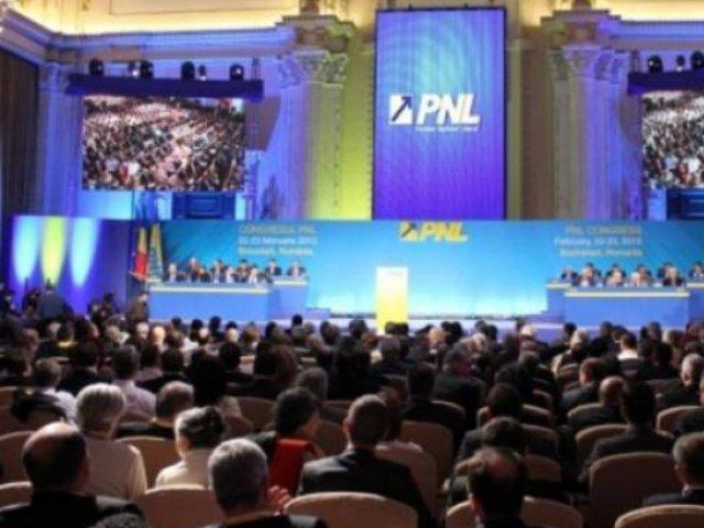 Orban sau Cîțu? Ziua care decide viitorul premier. Alegeri PNL în plină explozie pandemică, cu Iohannis în frune