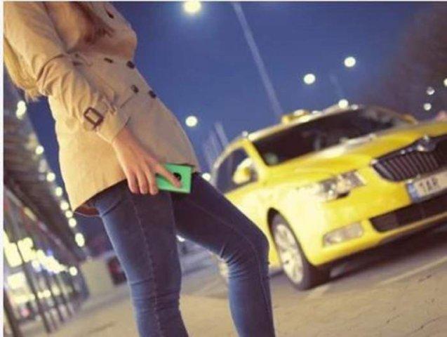 Un taximetrist a răpit o clientă și a încercat să o violeze. SMS-ul salvator