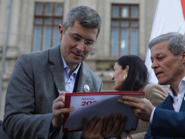 Turul II al alegerilor din USR PLUS: Barna, suspectat că pregătește fraudarea a mii de voturi