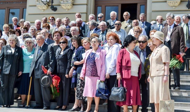 Femei din Bucuresti - Dating online, Matrimoniale | calculati.ro