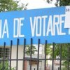 Școlile cu secții de votare își întrerup, vineri după-amiaza, cursurile
