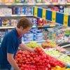Marile magazine, obligate să vândă marfă românească