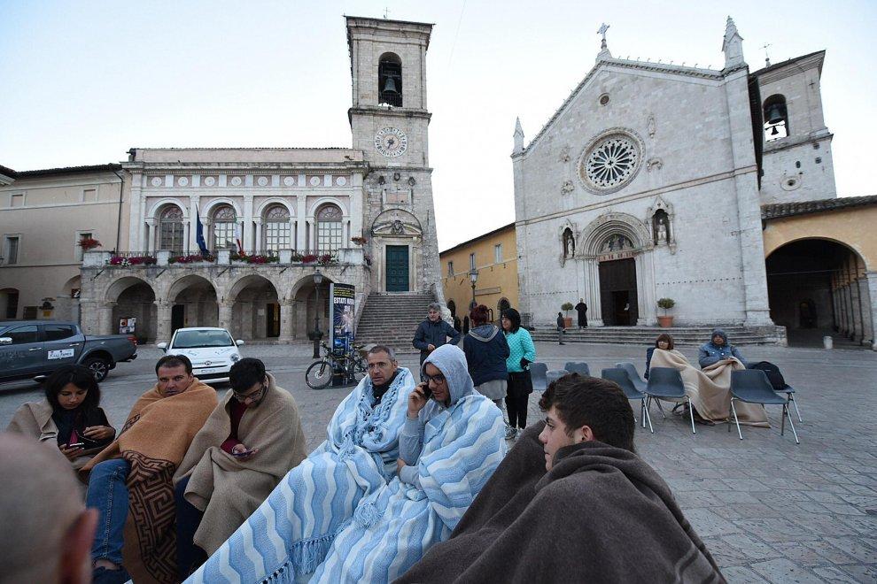 Patru cutremure puternice într-o oră, în Italia