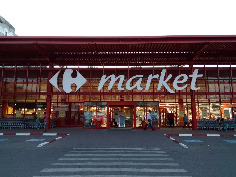 Foto Au Fost Deschise Cele Două Market Uri Carrefour Din Iași După